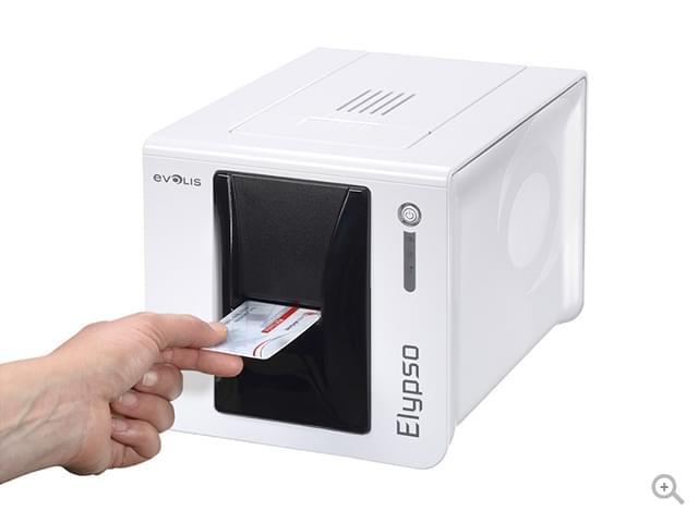 Elypso La impresora de tarjetas versátil para uso de entrega inmediata